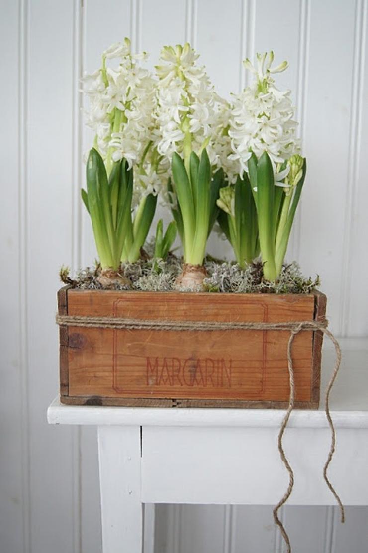 Retaper Une Vieille Caisse En Bois 37 idées pour recycler une vieille caisse en bois avec