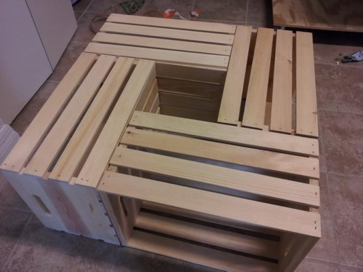 Diy Fabriquer Une Table Basse En Utilisant Des Caisses De Vin
