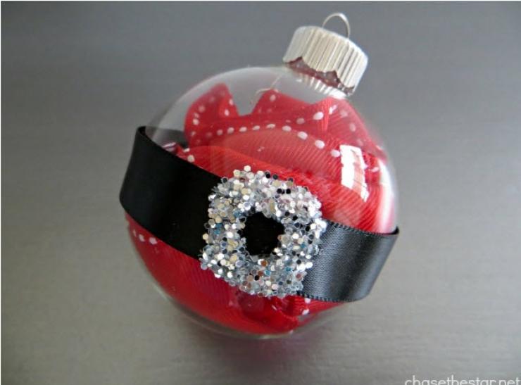 33 Incroyables Idees Pour Decorer Des Boules De Noel En Verre Des