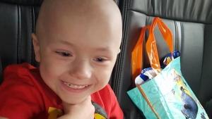 Image illustrant l'article Il n'a que 2 ans pourtant le petit Kian défie 27 cancers !