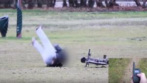 Image illustrant l'article Il lui vole son vélo et se fait électrocuter brutalement (vidéo)